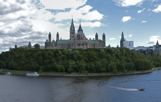 Parliament_Hill,_Ottawa
