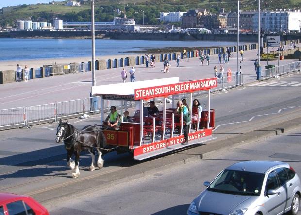 Douglas-IOM-horse-tram1