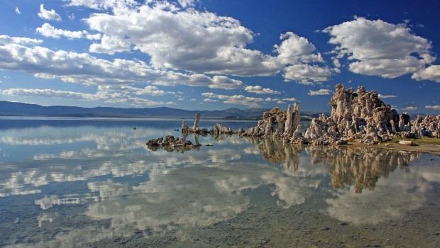 Mono-Lake-California