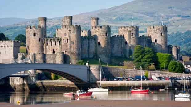 Достопримечательности и традиции Уэльса